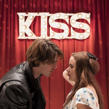 Netflix anuncia la fecha de estreno de El stand de los besos 2, la continuación de una de sus películas teen más exitosas