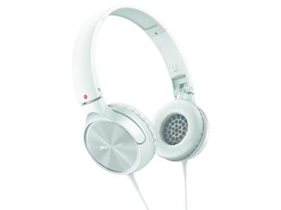 Los auriculares Pioneer SE-MJ522-W alcanzan su precio mínimo en Amazon: 15,79 euros