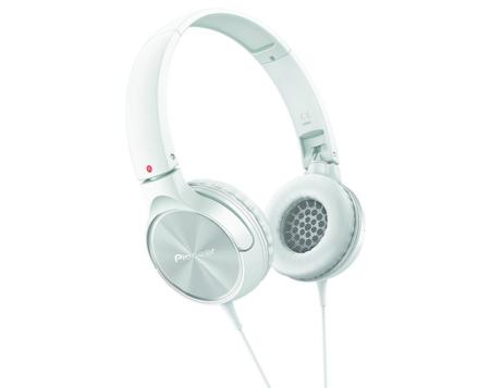 Auriculares Pioneer SE-MJ522-R por 19,90 euros en Amazon