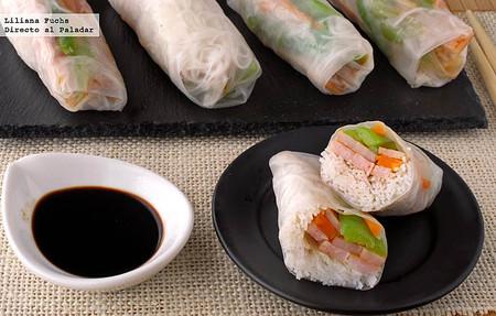 Receta de rollitos de obleas de arroz rellenos de fideos, pavo y verduras