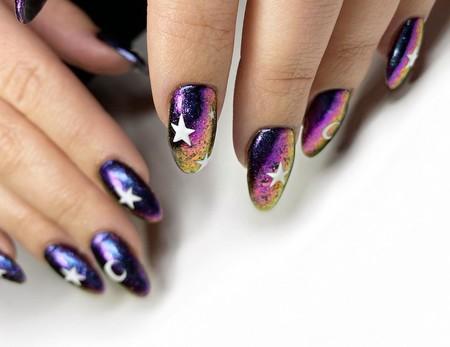 Nuestras manos se vuelven mágicas con la manicura mística, la más hipnótica de las tendencias en uñas