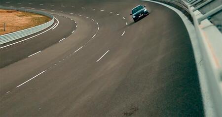 El nuevo circuito oval de España, a punto de caramelo: se inaugurará este año y Mika Häkkinen ya ha volado en él