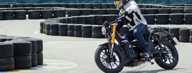 Probamos la Rieju Nuuk, una moto eléctrica española con hasta 300 km de autonomía