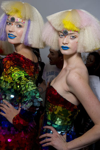 El backstage de Jeremy Scott de la London Fashion Week