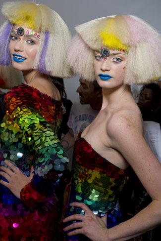 El backstage de Jeremy Scott de la London Fashion Week