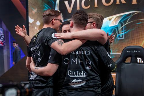Vitality da la sorpresa y acompañara a Fnatic en las semifinales de la LCS EU