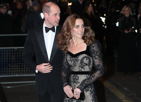 Kate Middleton impacta con un vestido de alfombra roja en la Royal Variety Performance