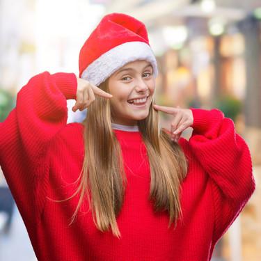 Cinco alimentos saludables para la salud bucodental que podemos ofrecer a los niños como sustitutos de los dulces navideños