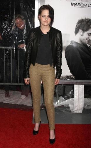 Kristen Stewart y Emily de Ravin de estreno con Robert Pattinson: dos estilos opuestos I