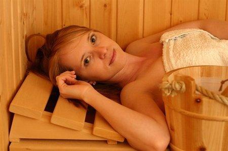 Cuidado con las saunas y diuréticos para perder peso de cara al verano