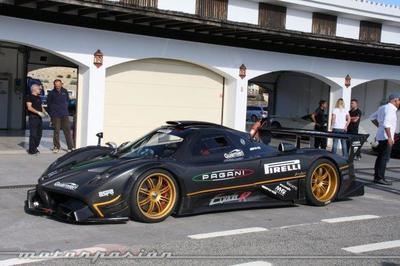 El Pagani Zonda R vuela sobre el circuito de Top Gear pero...