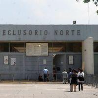 Ni de aquí ni de allá: la disputa entre Gobierno Federal y de la CDMX para controlar los celulares en reclusorios