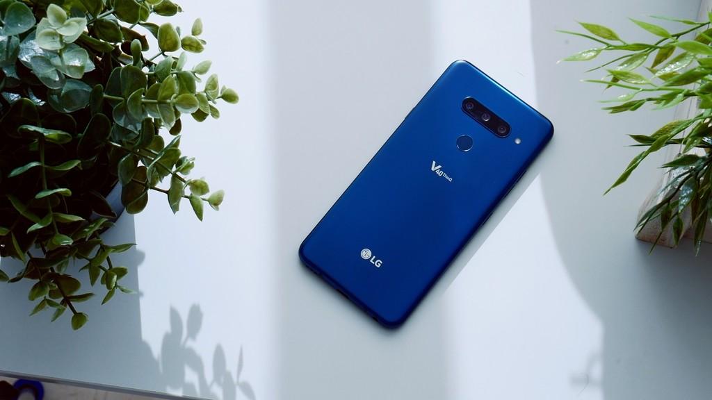 LG V40, análisis: 5 cámaras para un teléfono que da afecto enseñar