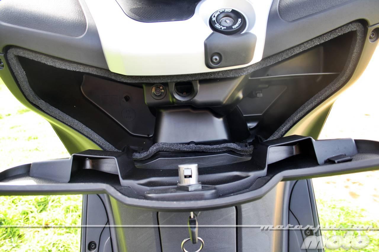 Foto de Yamaha X-MAX 125, prueba (valoración, ficha técnica y galería) (26/46)