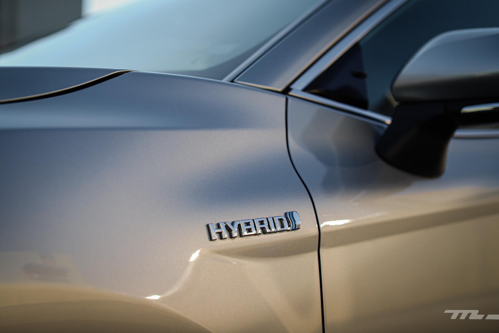 Foto de Toyota Camry Hybrid 2021 (22/38)