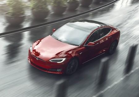 Un Tesla Model S Plaid intentará hacer trizas el récord del Taycan en octubre