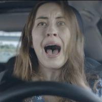 """La DGT alude a los padres para evitar distraer a los hijos en el coche: """"Si está conduciendo, no le escribas"""""""
