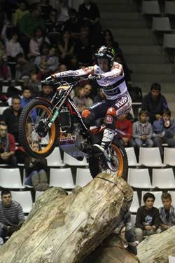 Segunda victoria consecutiva de Toni Bou en el Nacional de Trial en Girona