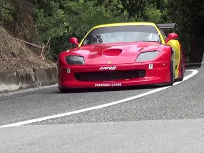 ¡Agárrate! Esto es un Ferrari 550 Maranello GT de subidas de montaña