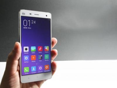 """Mi (Xiaomi) contesta a Apple: """"ofrecemos un teléfono a Jonathan Ive, a ver que dice"""""""