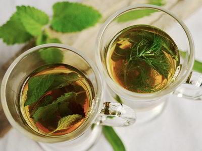 Los beneficios del té verde: una bebida que te ayuda a vivir más y mejor