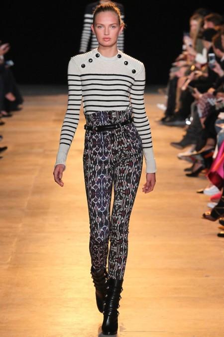 Clonados y pillados: el famoso jersey a rayas marinas de Isabel Marant ya tiene su clon