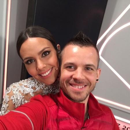 David Muñoz da la campanada con el vestido de su mujer Cristina Pedroche