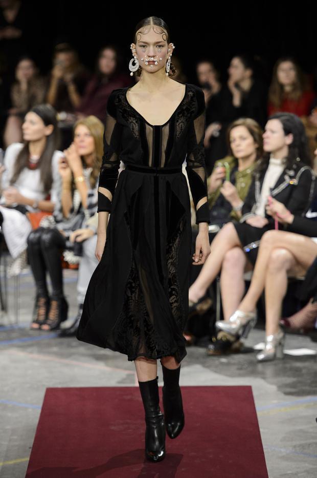 Foto de Givenchy colección Otoño-Invierno 2015/2016 (17/47)