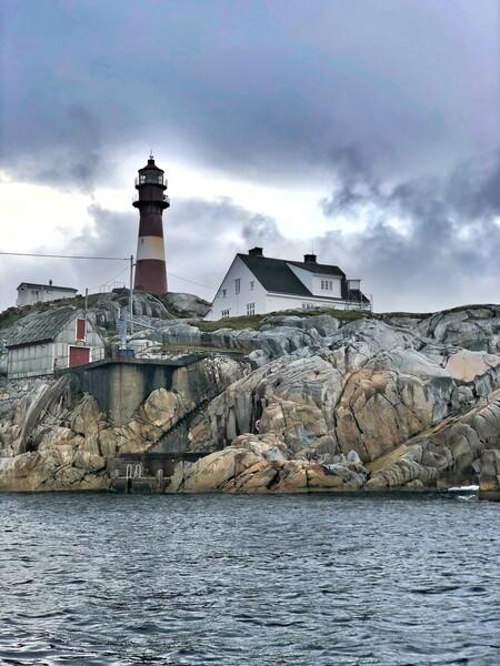 Faro Foto Pakus