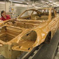 Mira en este vídeo cómo todavía queda algo de artesanía en la fabricación del 911 Turbo más potente jamás creado