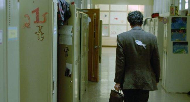 Mohamed Fellag en una escena de la película Profesor Lazhar