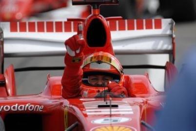 El mundial de F1 se tiñe de rojo