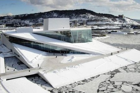 La Ópera de Oslo, obra del estudio Snøhetta y Premio Mies van der Rohe 2009