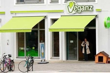 Veganz. La primera cadena de supermercados veganos.