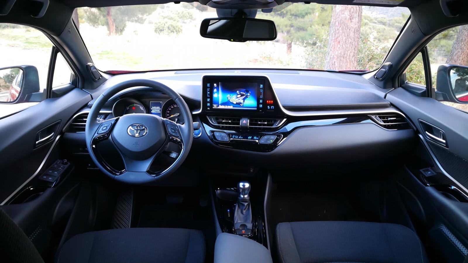 Foto de Toyota C-HR - Interiores (1/20)