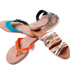Foto 6 de 15 de la galería coleccion-sandalias-primavera-verano-2011-de-jaime-mascaro-viva-el-color en Trendencias