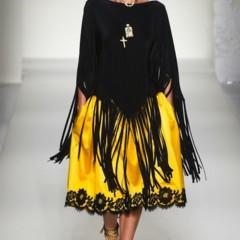 Foto 12 de 43 de la galería moschino-primavera-verano-2012 en Trendencias
