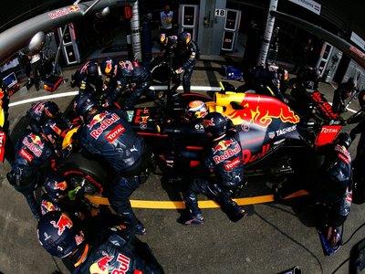 ¿Cómo llegó la Fórmula 1 a hacer pit stops de menos de dos segundos?