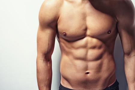 Cuatro originales e intensos ejercicios para fortalecer tu abdomen