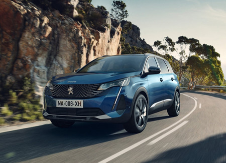 El Peugeot 5008 2021 también se pone al día: tecnología y refinamiento para siete pasajeros