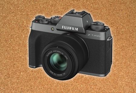 Fujifilm X-T200, la más sencilla de las Fujifilm X con visor se renueva con varias mejoras como el enfoque y la pantalla