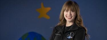 Tiene 29 años, sobrevivió al cáncer y será la mujer más joven en viajar al espacio: lo hará en una misión de SpaceX
