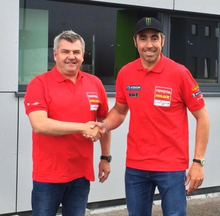 Nani Roma cambia Mini por Toyota para el Dakar 2017