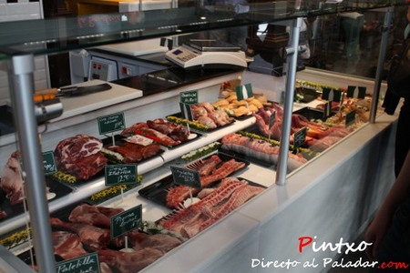 Muy curiosa la carniceria francesa del Mercado de San Miguel