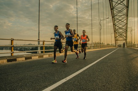 Correr dos veces al día: cuándo hacerlo y qué beneficios conlleva