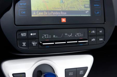 El Prius cuenta con un innovador climatizador capaz de detectar cuántos ocupantes se encuentran en el coche