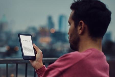El nuevo Kindle por fin tiene pantalla retroiluminada pero sigue estando lejos del Paperwhite