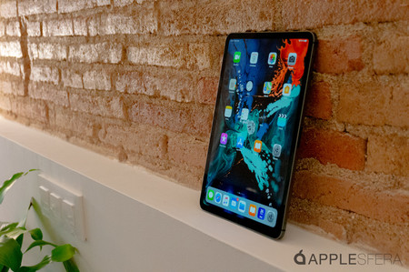 """El iPad Pro (2018) de 11"""" Wi-Fi con 1 TB de almacenamiento interno está más barato que nunca en Amazon: 1.200,19 euros"""