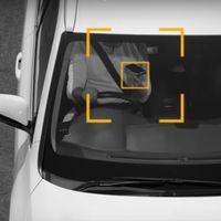 Imposible escapar de estos radares: Australia estrena un sistema pionero para detectar el uso del móvil al volante