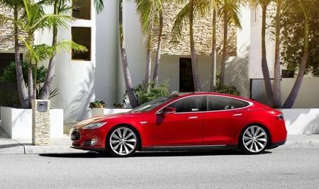 Telefónica será el proveedor de conexión móvil para los Tesla Model S en varios países europeos